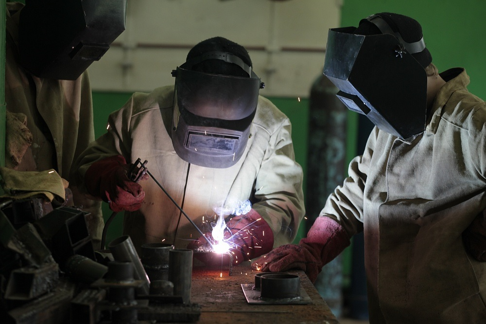 Сварщик красноярск изготовление металлоконструкций